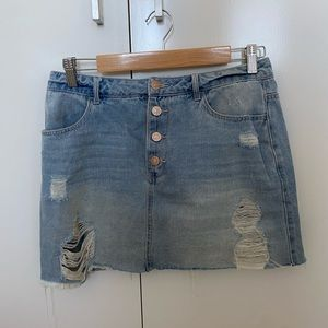 Jean skirt with rips